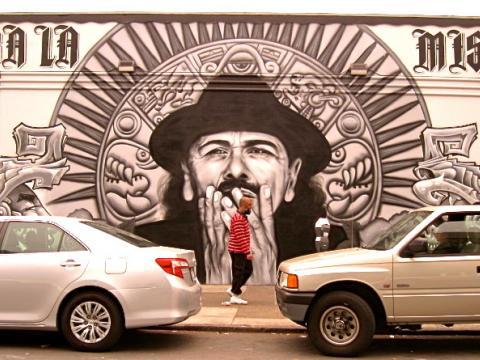 [Photo : Santana en fresque murale à San Francisco]